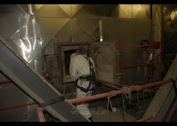 Industrieklettern im Bild 137